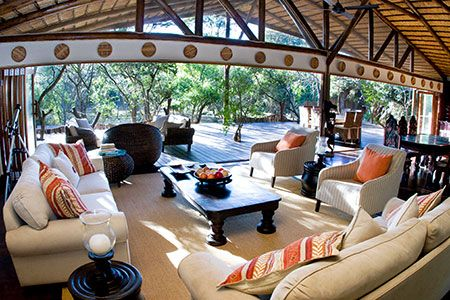 Ihlozi Bush Lodge Main Living Room